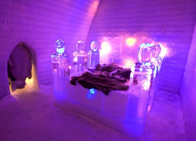 Guest room at the Aurora Ice Museum.
