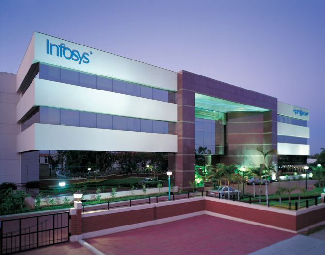 infosys vs tcs  which company performed better