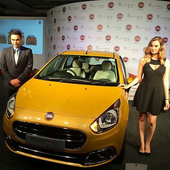 Fiat launches compact car Punto Evo @ Rs 4.55 lakh