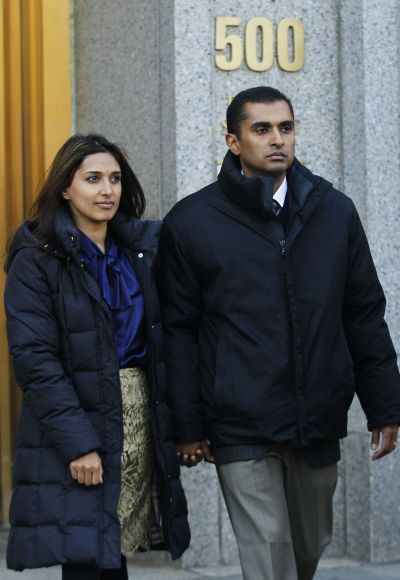 Mathew Martoma exits Manhattan Federal court with his wife Rosemary.