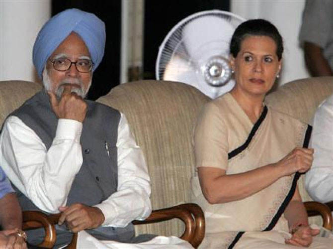 Prime Minister Manmohan Singh and the Congress chief Sonia Gandhi.