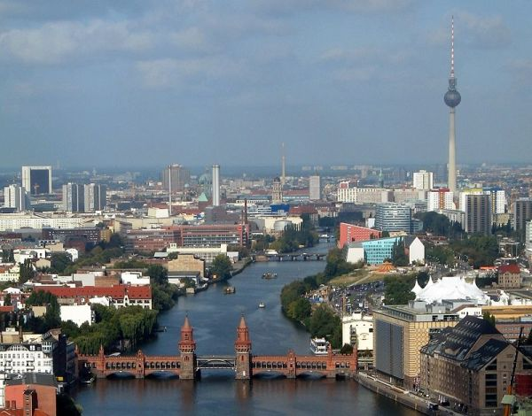 The Spree in central Berlin, with Oberbaum Bridge.