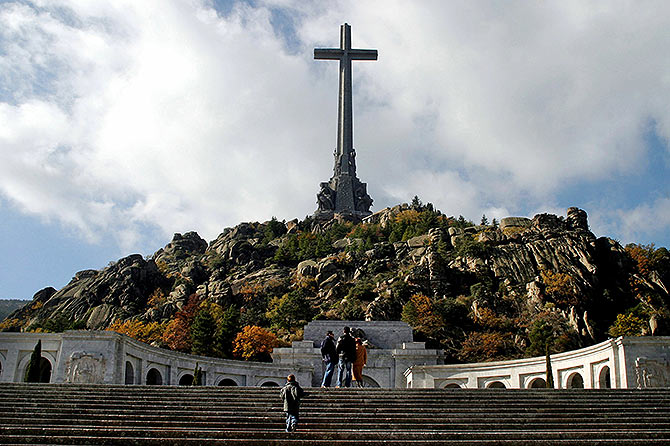 People visit the mausoleum where the tomb of Spain's former dictator General Francisco Franco lies in the Valle de los Caidos (Valley of the Fallen), near Madrid.