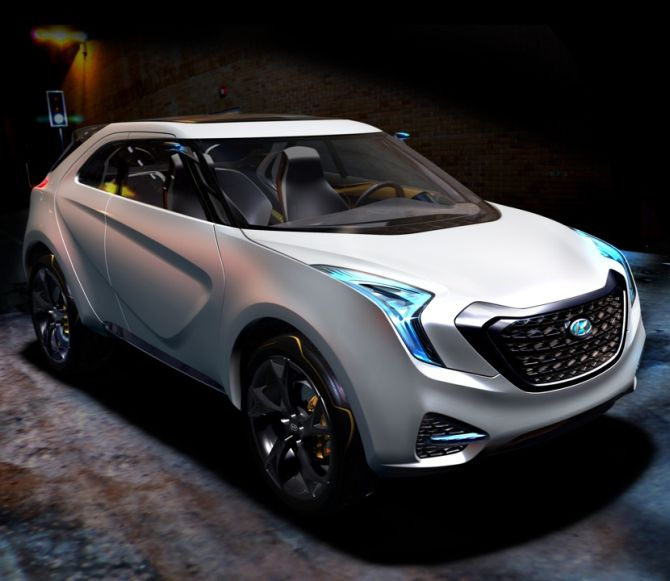 Hyundai Curb concept. The Hyundai ix25 draws design influences from the company's Curb concept that made its debut at the 2011 Detroit Auto Show.