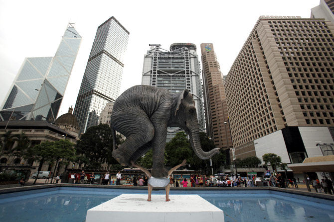 A five-metre-high (16 ft) sculpture Pentateuque by contemporary French artist Fabien Merelle is displayed in Statue Square at Hong Kong's financial Central district.