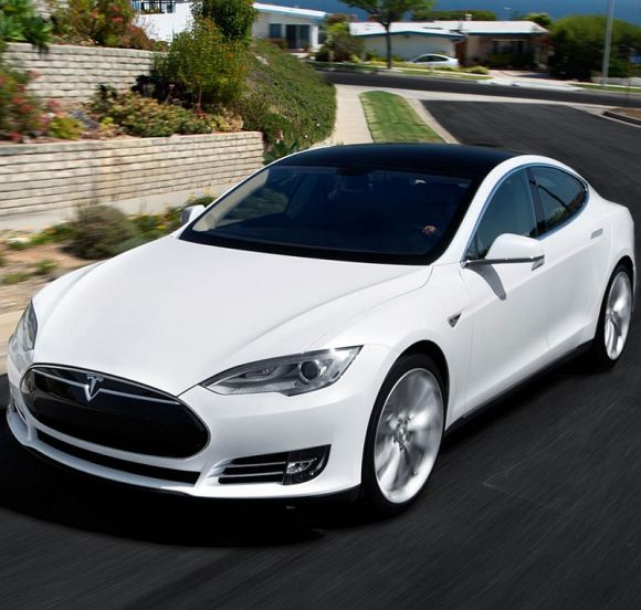 Tesla's new Model S is insanely fast, has 'autopilot' mode