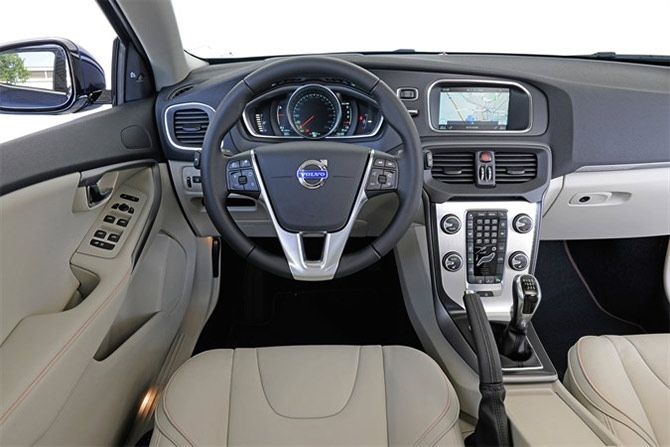 Volvo Launches V40 Cross Country At Rs 27 Lakh Rediff Com Business