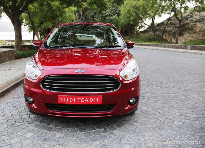 The all new Figo Aspire costs only Rs 489,000