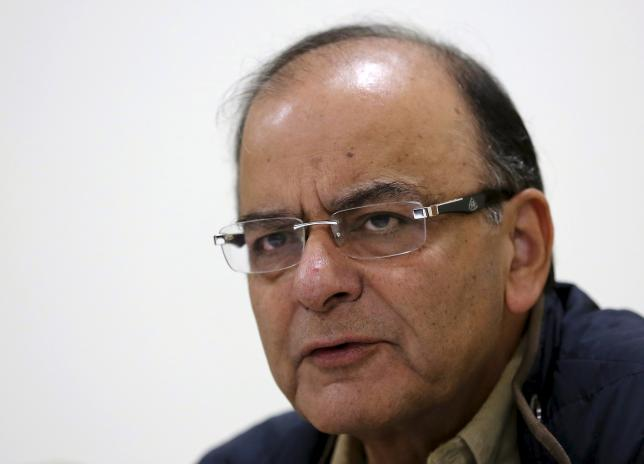 FM seeks Cong support to GST, says India can touch 9% growth