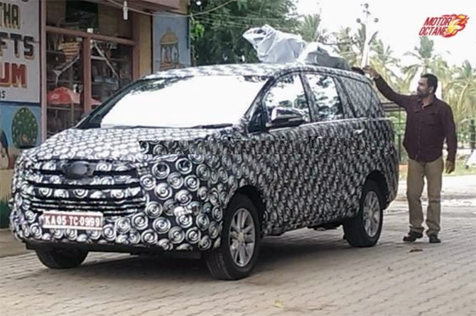 Toyota to unveil 2 new variants of Innova