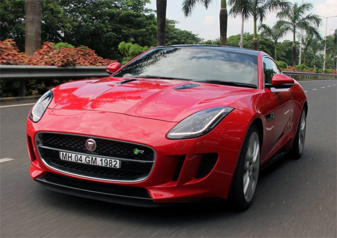 Jaguar F-Type: Great performance, gorgeous looks!