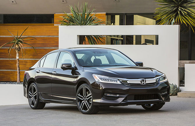 India bound: Honda unveils facelifted 2016 Accord