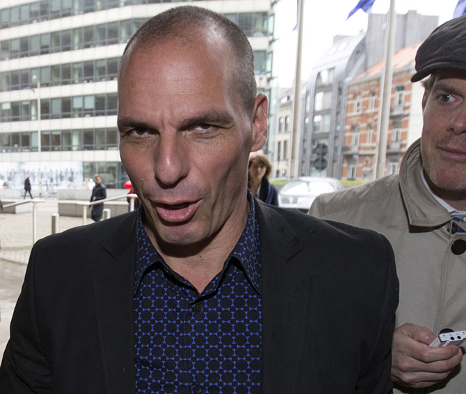 Greek Finance Minister Yanis Varoufakis arrives at the European Commission headquarters ahead of a meeting with European Commissioner for Economic and Financial Affairs Pierre Moscovici in Brussels May 5, 2015. Greece stepped up diplomacy with euro zone partners on Tuesday to try to avert a potentially catastrophic funding crunch this month, when it must make a big debt repayment to the IMF as cash reserves dry up. REUTERS/Yves Herman