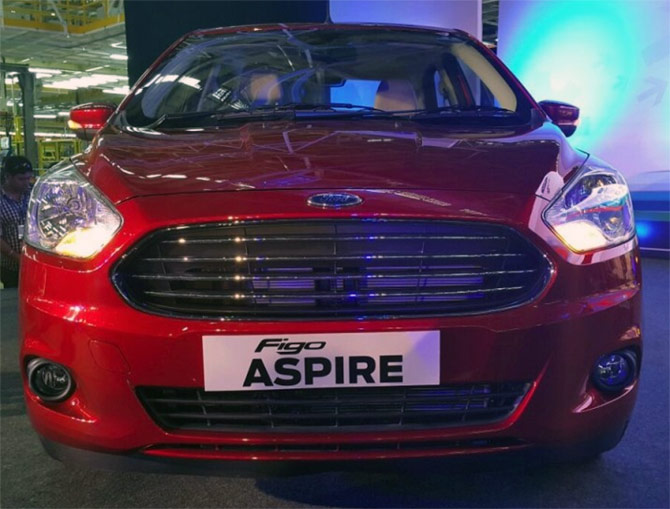 Ford unveils Figo Aspire, to launch in June 2015
