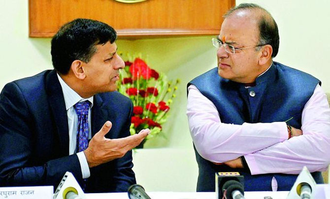 Reserve Bank of India Governor Dr Raghuram Rajan with Finance Minister Arun Jaitley
