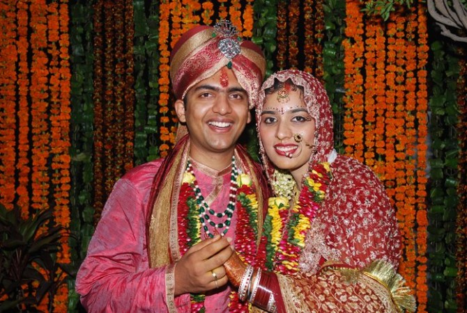 Manu Kumar Jain with his wife, Minu