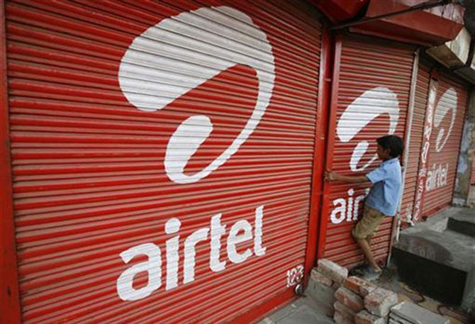 Airtel has capacity to withstand $5 bn payout: Moody's