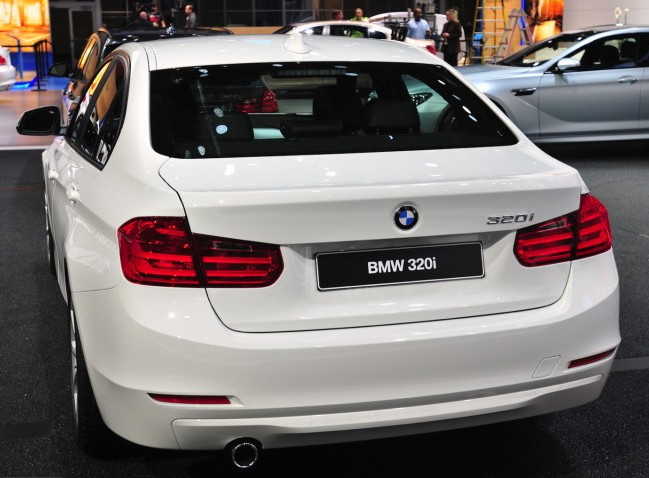 Bmw India Launches Petrol 320i Sedan Rs 36 9 Lakh Rediff Com