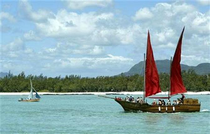 Mauritius' plans to exit 'grey list' hits roadblock