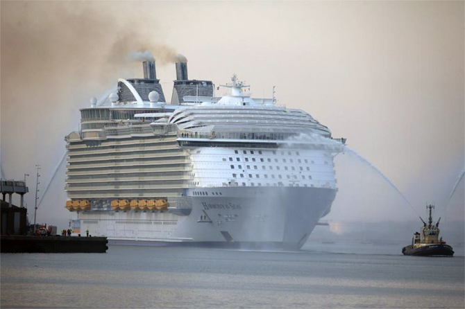 The world's largest cruise ship, Harmony Of The Seas
