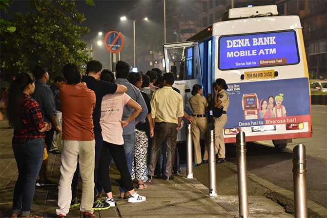 Banks closed today; queues get longer at ATMs