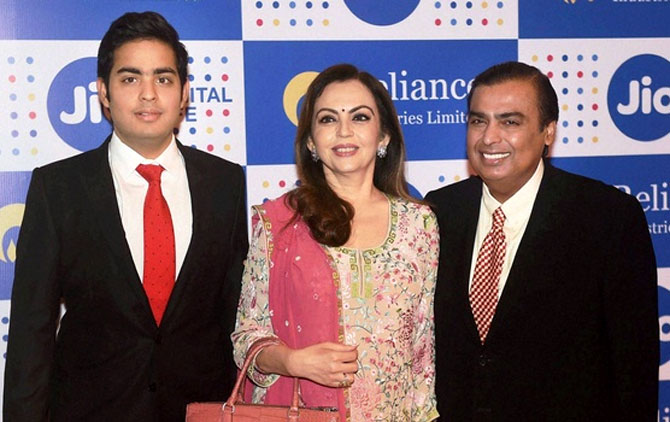 RIL can become 1st Indian firm to hit $200 bn m-cap
