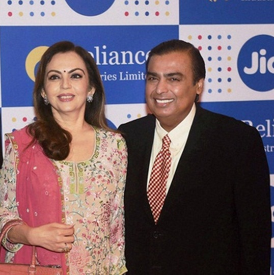 India's 10 richest business tycoons