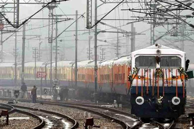 In rare move, railways prematurely retires 32 officers