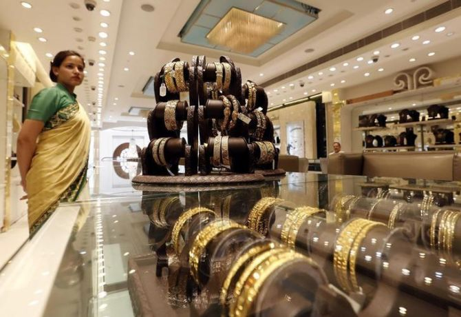 Money laundering norms stump jewellery sector