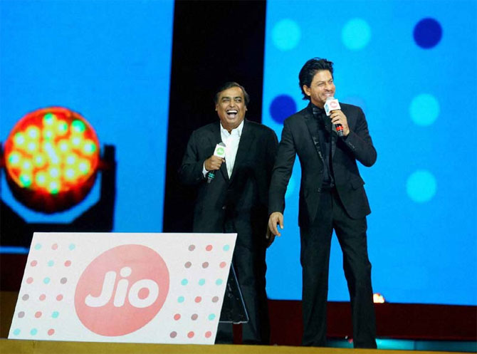Jio pips Airtel to 2nd spot, Trai data for May shows