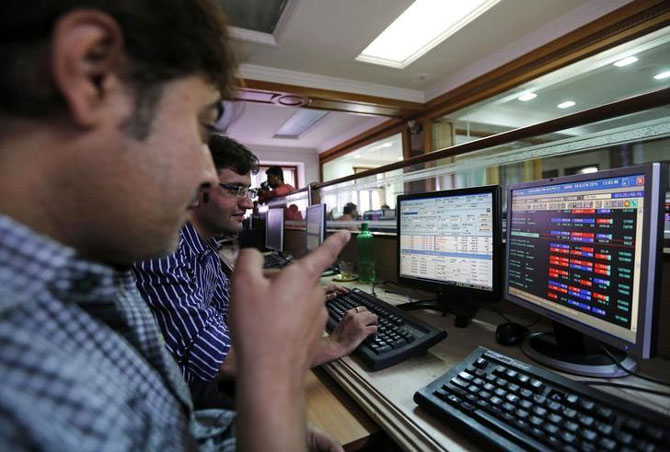 If the Budget disappoints, Nifty could fall below 8,000