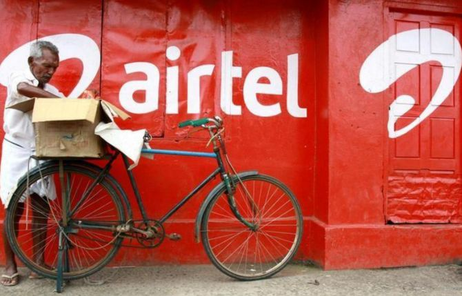 Amazon in initial talks to buy Airtel pie: Sources