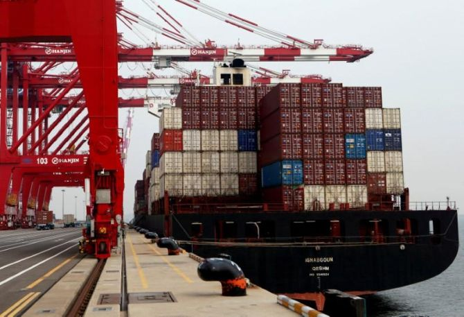 Exports decline 1.11% in Oct; trade deficit narrows