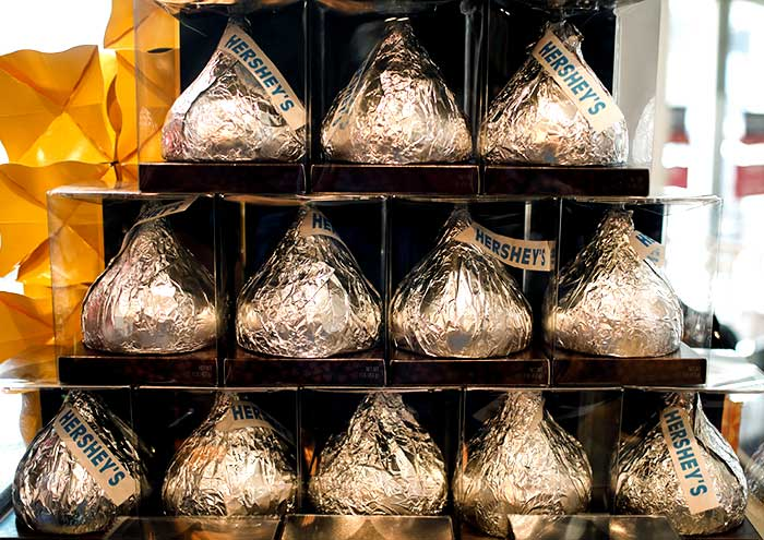 Giant Hershey's Kiss chocolates are seen on display in a shop in New York City, July 20, 2017. Mike Segar/Reueters