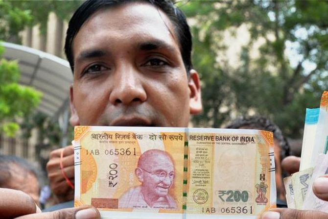 90,000 ATMs across India will soon dispense Rs 200 notes