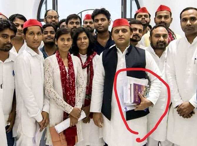 James Crabtree interviewed former UP chief minister Akhilesh Yadav and was tickled to discover that he was reading the book he wrote.  Photograph: Kind courtesy @jamescrabtree/Twitter