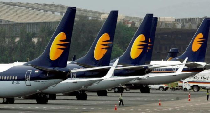 Most lenders cool to funding cash-strapped Jet Airways