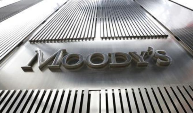 Moody's slams govt's attempt to curtail RBI's independence