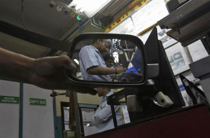 India's auto sector staring at 10 lakh job losses