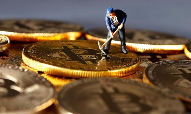 Despite odds, hunger for Bitcoins persists