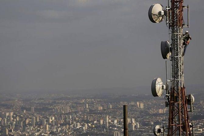 Telcos face a new challenge: More voice calls, but less revenue