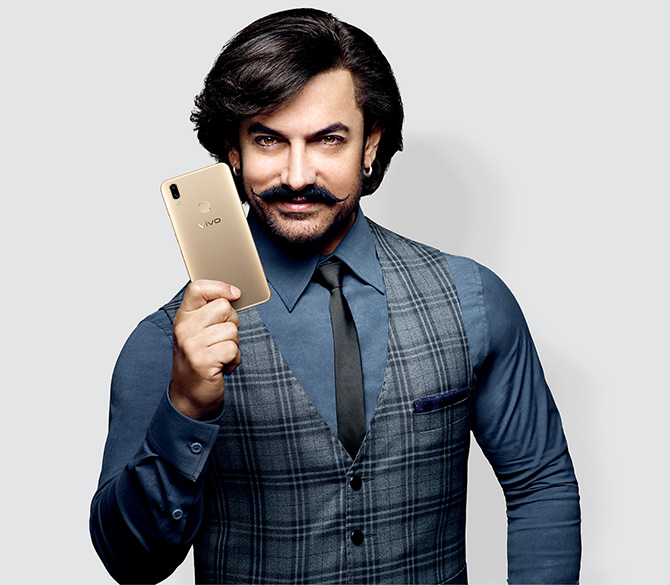Aamir Khan promotes the Vivo's latest model V9 that is targetted at the midrange market. Photograph: Courtesy Vivo.com.