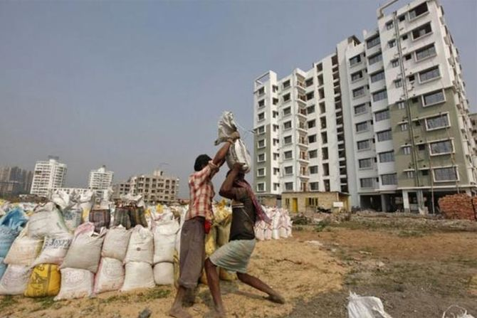 629,000 homes valued at Rs 5 trn delayed in 7 cities
