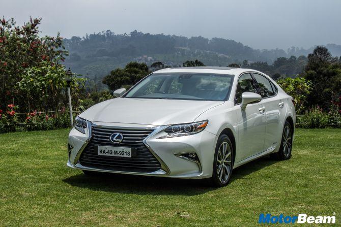 Does it make sense to buy Lexus ES300h?