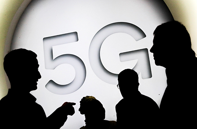 Samsung plans 5G field trials in India by Q1 of next year