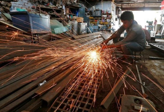 Industrial growth slips to 4-month low of 4.5% in Sep