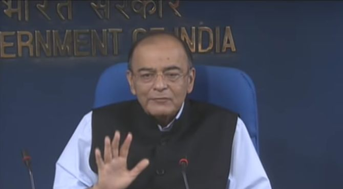 On day 2 of review, Jaitley bullish on keeping fiscal deficit down