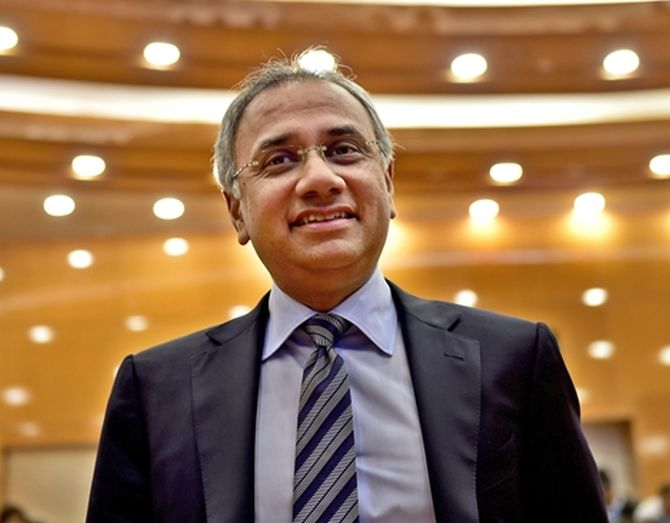 Salil Parekh draws Rs 34.27 cr pay package in FY20