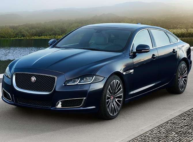 Jaguar XJ50 is more like a Gulfstream jet than a limo