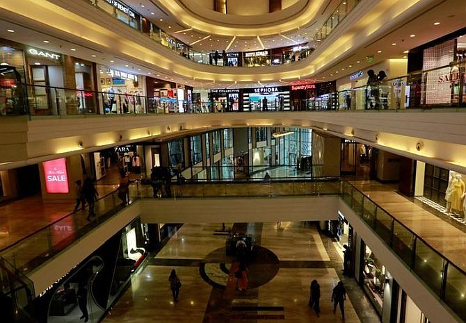 Retailers, multiplexes, mall owners spar over rentals
